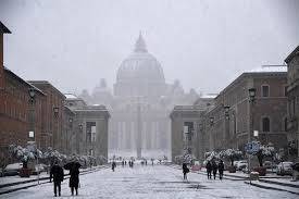 photos of snow in pictures snowmen and skiers in rome after historic snowfall