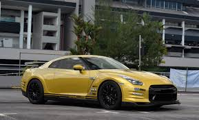 gold nissan car tuned gold nissan gt r madwhips