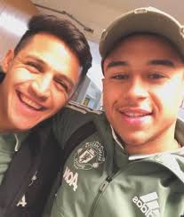 alexis sanchez snapchat alexis sanchez opens up about difficult man united transfer from arsenal
