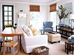 Living Room Seating Arrangement by Airy Living Room Myhomeideas Com