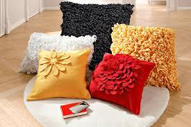 coussin décoratif pour canapé coussins deco