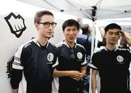 solomid guides making a super team work esports edition