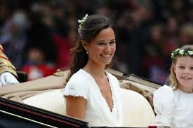 middleton pippa signs pippa and kate middleton s relationship isn t as royalty proof
