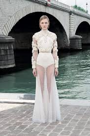 wedding dress lk21 givenchy fall 2017 ready to wear collection vogue