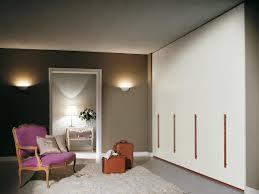 Schlafzimmerschrank Einbauschrank Modularer Schrank Mit Holzgriffen Für Schlafzimmer Idfdesign