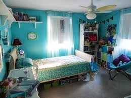 cool blue nuance of bohemian themed bedroom which is equipped with