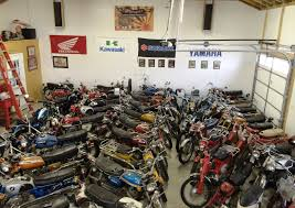 motorcycle workshop motorcycle and car workshops pinterest cars motorcycle dream garage 60 s and 70 s japanese motorcycles collection rizingson vintage motorcycle
