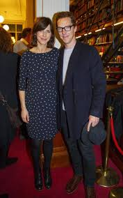 sophie hunter perfects the relaxed christmas drinks dress code in