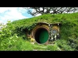 real hobbit house real life hobbit house i really want to live in this fairy tale
