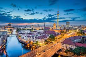get the best flight deal to europe 6 industry experts
