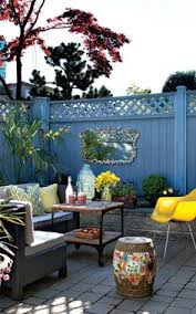 if you know someone with a small patio space you just found the