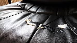rénover un canapé en cuir craquelé fauteuil en cuir l entretien écolo consommer durable