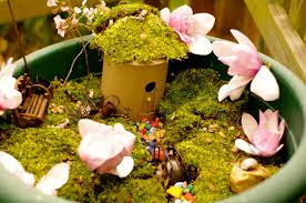 Fairy Garden Craft Ideas - a simple fairy house and garden for kids creekside learning