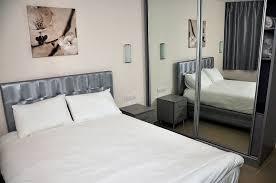 insonoriser une chambre à coucher appartement exécutif hôtel blue weiss