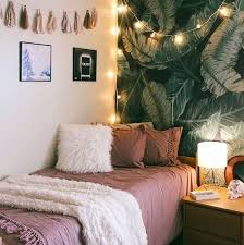 college decor ideas best 25 pink rooms ideas on