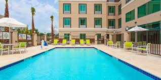 Comfort Inn And Suites Houston Holiday Inn Express U0026 Suites Houston S Medical Ctr Area Hotel By Ihg