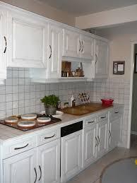 repeindre une cuisine en chene vernis repeindre cuisine bois des photos et charmant repeindre cuisine
