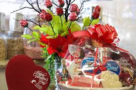 custom gift basket custom gift baskets dolce mare premier source for chocolates