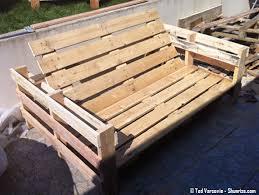 fabrication canapé en palette bricolage creer du mobilier de jardin avec des palettes en bois
