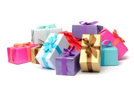 family gift giving 101 newlywed etiquette newlywed