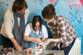 nigella lawson bakes cupcakes with princess diana u0027s goddaughter
