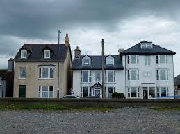 three houses three houses in borth jonathan billinger cc by sa 2 0 geograph