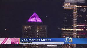 1735 market glows pink for lights for the cure