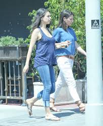 Free Baby Stuff In Los Angeles Ca Mila Kunis Spotted For The First Time Since Announcing Second