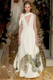 funeral plets 431 best valentino images on fashion show high