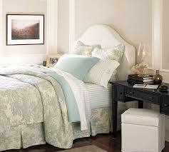 French Toile Bedding Matine Toile Quilt U0026 Sham Pottery Barn
