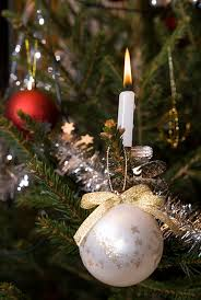 decorating ideas with tree candles family