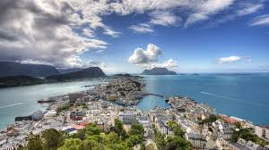 norway summer wallpapers 35 photos of ålesund norway most colorful and beautiful town in