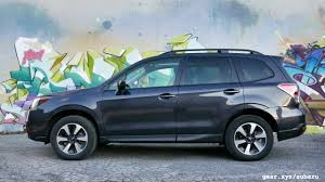 subaru forester interior 2017 2017 subaru forester 2 5i premium review everyone u0027s suv slashgear