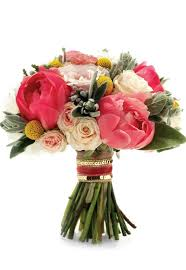 how to choose your bridal bouquet u0026 make the most of it