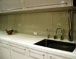 Painted Glass Backsplash What A Wonderful Idea And Itd Be So - Glass backsplash pictures