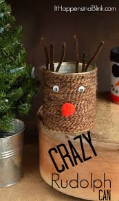 yarn wrapped crazy rudolph can
