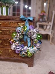 kendra u0027s minis tutorial vintage ornament wreath