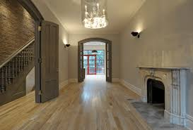5 tips when choosing laminated wood flooring interior design