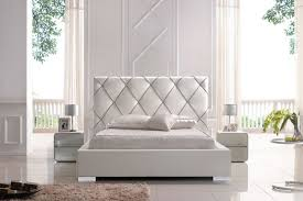 bedrooms simple cool relaxing bedroom paint ideas to decorate