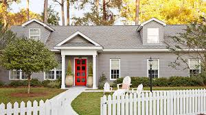 choosing front door color the dos and don ts of choosing a front door color better homes