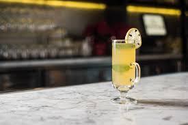 martini mistletoe 40 best christmas cocktails 2017 festive drink recipes for