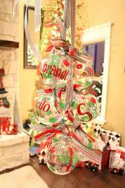 cricut vinyl on glass ornaments this would be a wedding thank