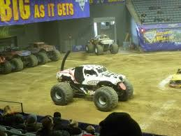 monster trucks jam 2014 coolestmommy u0027s coolest thoughts monster jam 2014 review