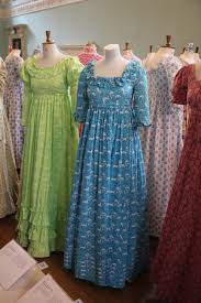 of the dress advantage in vintage