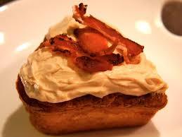 cuisiner pour chien recette pour chien gâteau au bacon baikasblog