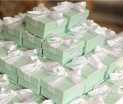 bulk wedding favors 52 cheap wedding favors in bulk wedding idea