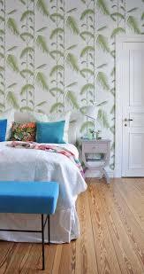 palmentapete von cole u0026son im schlafzimmer palm tree wallpaper in