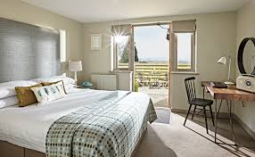 cosy hotel rooms in the cotswolds the fish hotel