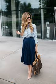 casual professional how to incorporate trends at work dressing stylish yet professional