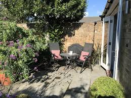 What Is A Walled Garden On The Internet by Apartment The Garden House Teddington Uk Booking Com